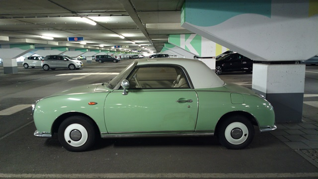 Nokia 808 PureView - Green Car 34MP ISO 200