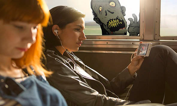 zombie-on-a-train-d020a2ef4d25b7d8bb09dddab2a5246a