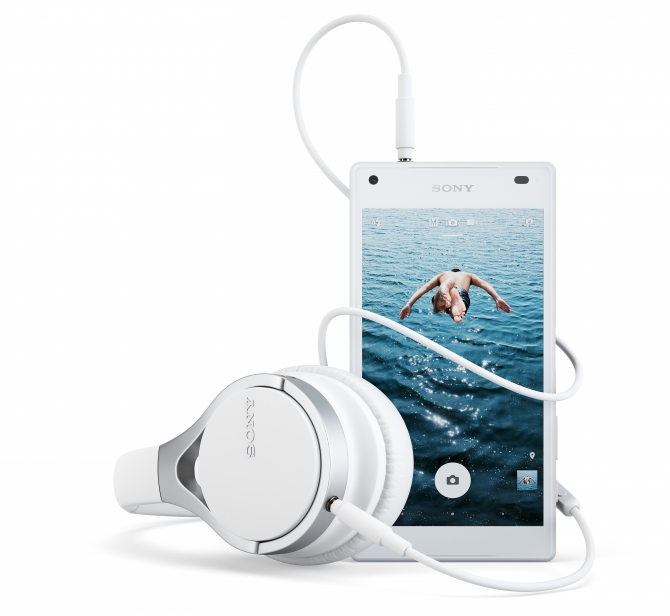 sony-xperia-z5-compact-med-mdr-10rc-z5c-135369