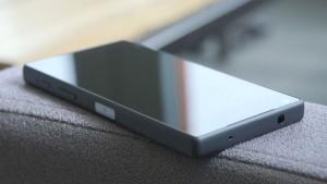 Sony-Z5-Hands-On-Video-00-06-20-22-Still004
