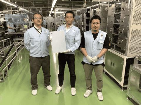 اولین تصویر واقعی از پلی استیشن 5 + افشای قیمت کنسول و اکسسوری ها