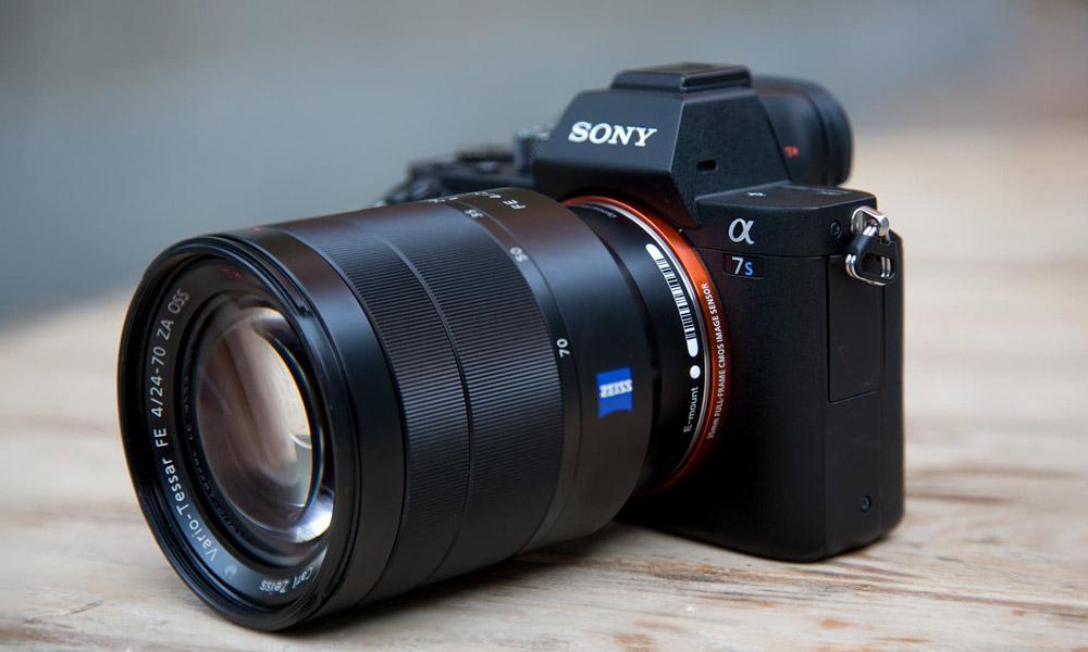 سونی از دوربین A7S III رونمایی کرد: فیلمبرداری 4K و 120 فریم، لزشگیر 5 جهته و ...